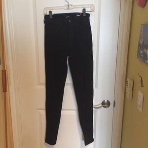 Fashion Nova High waisted Black Skinnies